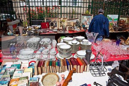 Les Puces de Saint-Ouen Flea Market, Porte de Clignancourt, Paris, France, Europe