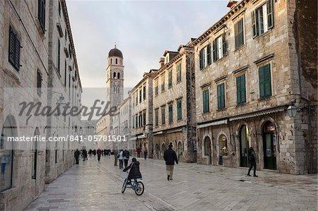 Stradun street, Old Town, UNESCO World Heritage Site, Dubrovnik, Croatia, Europe