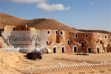 Diaramor Museum in troglodyte dwelling style building, Matmata, Tunisia, North Africa, Africa