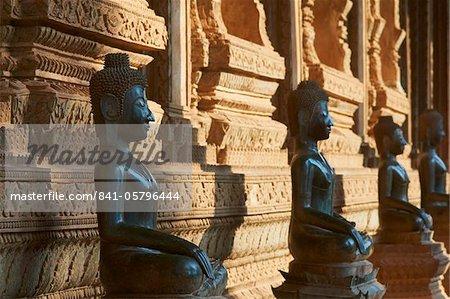 Statues of the Buddha, Haw Pha Kaeo, Vientiane, Laos, Indochina, Southeast Asia, Asia