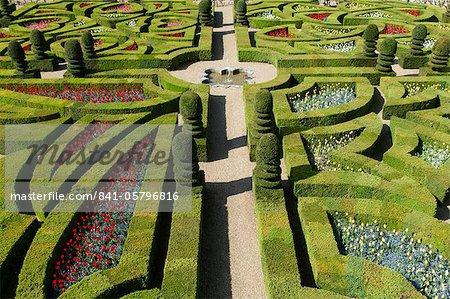 Formal garden at the Chateau de Villandry, UNESCO World Heritage Site, Loire Valley, Indre et Loire, France, Europe
