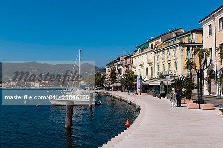 Lungolago Zanardelli, Salo, Lake Garda, Lombardy, Italian Lakes, Italy, Europe