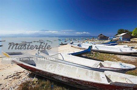 Boats in fishing village, Nusa Lembongan, Bali, Indonesia, Southeast Asia, Asia