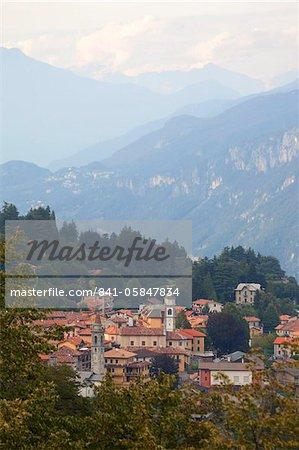 View of mountain village of Civenna, Bellagio, Lake Como, Lombardy, Italy, Europe
