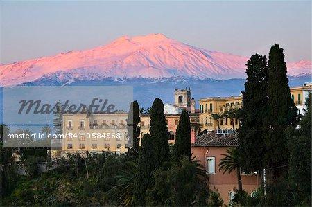 Sunrise over Taormina and Mount Etna with Hotel San Domenico Palace, Taormina, Sicily, Italy, Europe