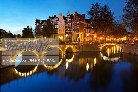 Keizersgracht at night, Amsterdam, North Holland, Netherlands, Europe