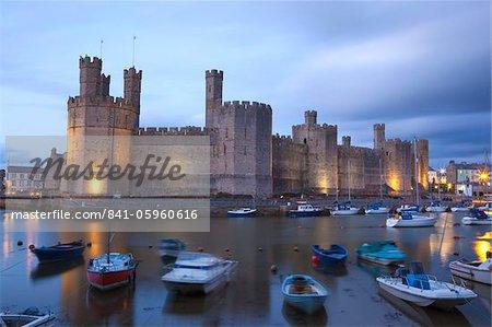 Caernafon Castle, UNESCO World Heritage Site, Caernafon (Carnarvon), Gwynedd, North Wales, Wales, United Kingdom, Europe