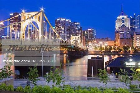 Roberto Clemente Bridge (6th Street Bridge) over the Allegheny River, Pittsburgh, Pennsylvania, United States of America, North America