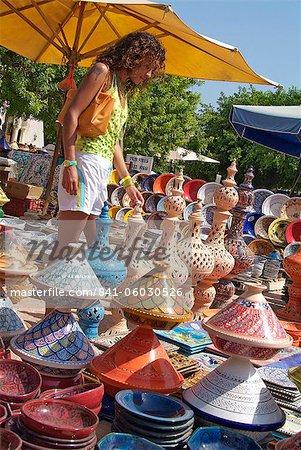 Pottery products on market at Houmt Souk, Island Jerba, Tunisia, Africa