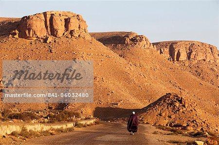 Man walking on the Chenini village road, Tunisia, North Africa, Africa