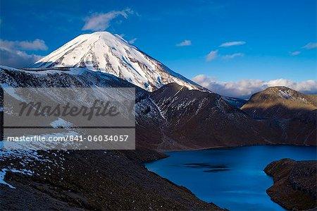 Mount Ngauruhoe and Upper Tama Lake, Tongariro National Park, UNESCO World Heritage Site, North Island, New Zealand, Pacific