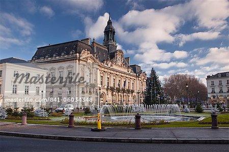 Hotel de Ville (town hall) and place Jean Jaures, Tours, Indre et Loire, France, Europe