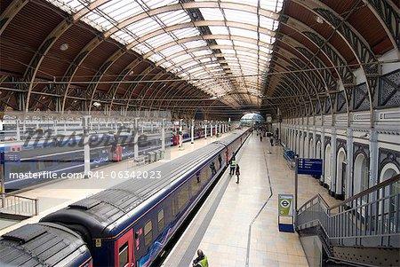 Paddington railway station, London, W2, England, United Kingdom, Europe