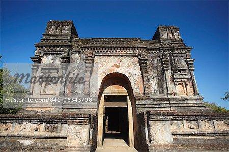Thuparama (image house), Quadrangle, Polonnaruwa, UNESCO World Heritage Site, North Central Province, Sri Lanka, Asia