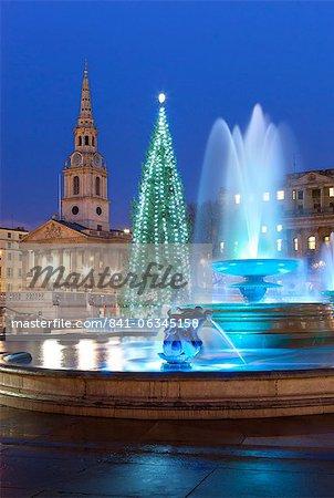 Trafalgar Square at Christmas, London, England, United Kingdom, Europe