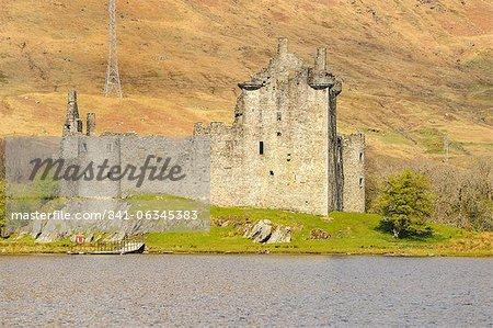 Kilchurn Castle, Loch Awe, Argyll and Bute, Scottish Highlands, Scotland