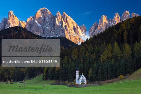 Saint Johann Church, near Saint Magdalena, Val di Funes, Dolomites, Trentino-Alto Adige, South Tirol, Italy, Europe