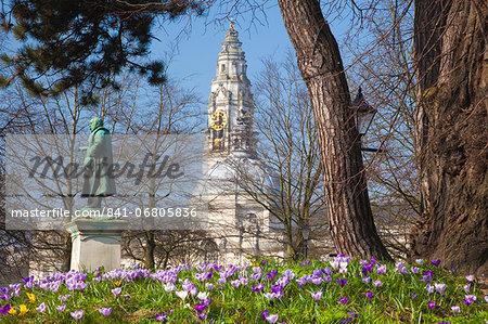 City Hall, Civic Centre, Gorsedd Gardens, Cardiff, Wales, United Kingdom, Europe