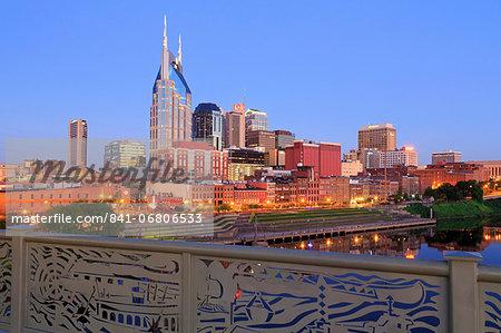 Nashville skyline and Shelby Pedestrian Bridge, Nashville, Tennessee, United States of America, North America