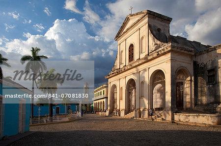 Iglesia del la Santisima Trinidad, the main church in Plaza Mayor, Trinidad, UNESCO World Heritage Site, Cuba, West Indies, Central America