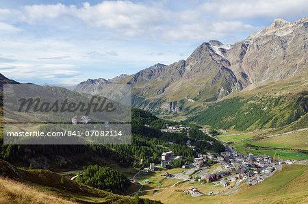 Breuil Cervinia resort town, Aosta Valley, Italian Alps, Italy, Europe