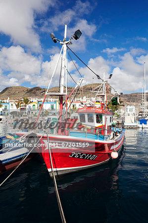 Fishing boat at the old port of Puerto de Mogan, Gran Canaria, Canary Islands, Spain, Atlantic, Europe
