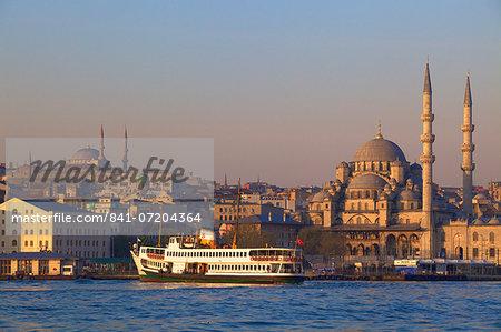 New Mosque, Golden Horn, Istanbul, Turkey, Europe