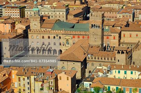 Piazza Maggiore, Bologna, Emilia-Romagna, Italy, Europe