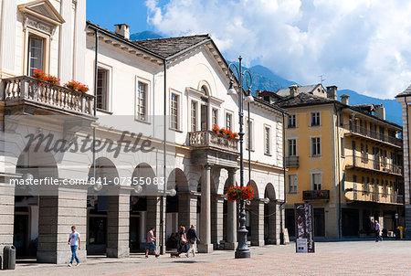 Piazza Emile Chanoux, Aosta, Aosta Valley, Italian Alps, Italy, Europe