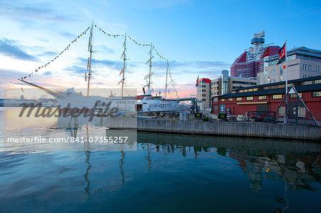 School Ship in Harbour at dusk, Gothenburg, Sweden, Scandinavia, Europe