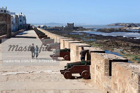 Portuguese cannons along the ramparts, Essaouira, Atlantic coast, Morocco, North Africa, Africa