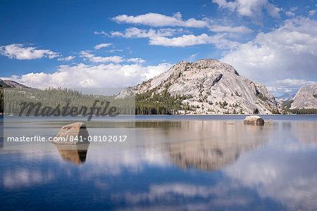 Tenaya Lake in Yosemite National Park, UNESCO World Heritage Site, California, United States of America, North America