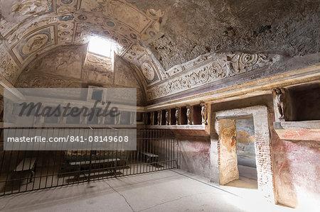 Forum Baths detail, Roman ruins of Pompeii, UNESCO World Heritage Site, Campania, Italy, Europe