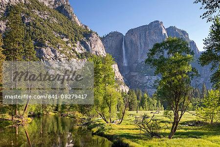 Yosemite Falls and the River Merced in Yosemite Valley, UNESCO World Heritage Site, California, United States of America, North America