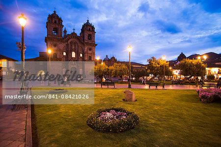 Cusco Cathedral Basilica of the Assumption of the Virgin at night, Plaza de Armas, UNESCO World Heritage Site, Cusco (Cuzco), Cusco Region, Peru, South America
