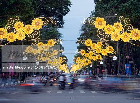 Rush hour traffic, Ho Chi Minh City (Saigon), Vietnam, Indochina, Southeast Asia, Asia