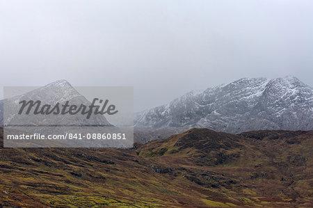 Maumturk Mountains, County Galway, Connacht, Republic of Ireland, Europe