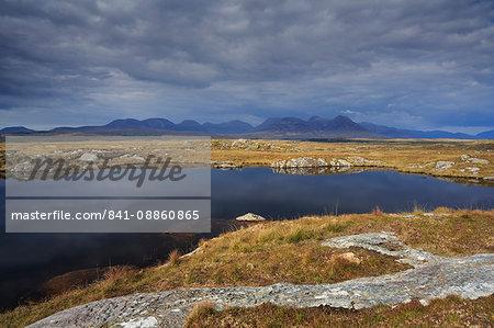 Roundstone Bog and 12 Bens, Connemara, County Galway, Connacht, Republic of Ireland, Europe
