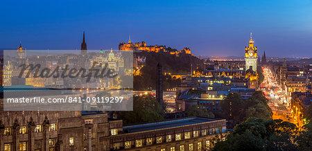 City centre panorama, Edinburgh castle and city skyline at night, Edinburgh, Midlothian, Scotland, United Kingdom, Europe