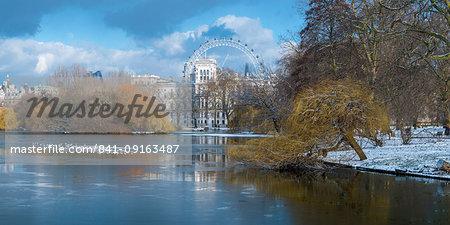 St. James's Park, Horse Guards and London Eye, London, England, United Kingdom, Europe