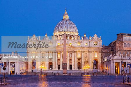 Basilica di San Pietro in the Vatican, UNESCO World Heritage Site, Vatican City, Rome, Lazio, Italy, Europe