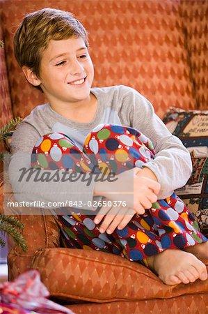Resultado de imagen para boy in pajamas