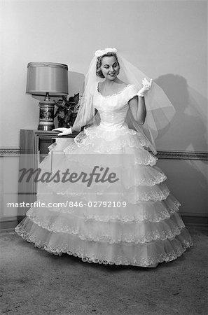 1960s Wedding Dresses.846 02792109
