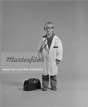 1970s BOY DRESSED AS MEDICAL DOCTOR
