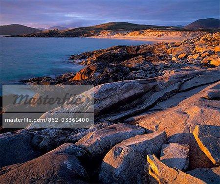 Evening light on the rocks of Nisabost.