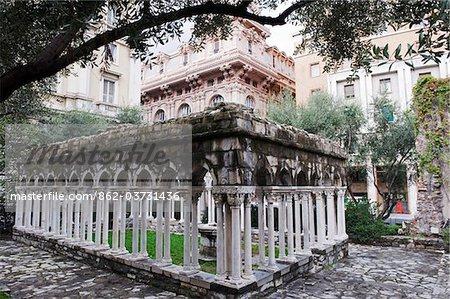Italy, Liguria, Genoa (Genova), Unesco site; garden at the House of Christopher Columbus