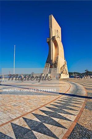 Portugal, Distrito de Lisboa, Lisbon, Belém, Monument to the Discoveries.