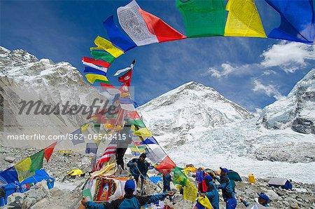 Asia, Nepal, Himalayas, Sagarmatha National Park, Solu Khumbu Everest Region, prayer flags at Everest Base Camp