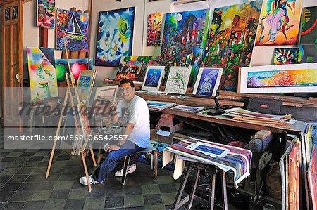 Painter Jamir Mejia Ranchez in his studio, casa de los tres mundos, Granada, Nicaragua, Central America