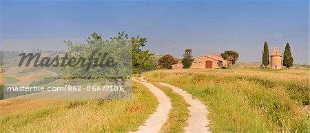 Italy, Tuscany, Siena district, Orcia Valley, San Quirico dOrcia. Vitaleta chapel